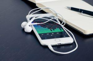 Как удалить сохраненные аудиозаписи в вк в мобильном приложении