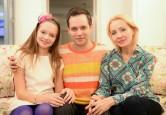 Личная жизнь Александра Асташенка. Жена на 14 лет старше и дочь-подросток