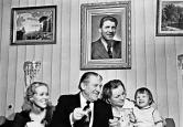 Какие они разные: сын Николая Крючкова стал диссидентом, а дочка – папина гордость