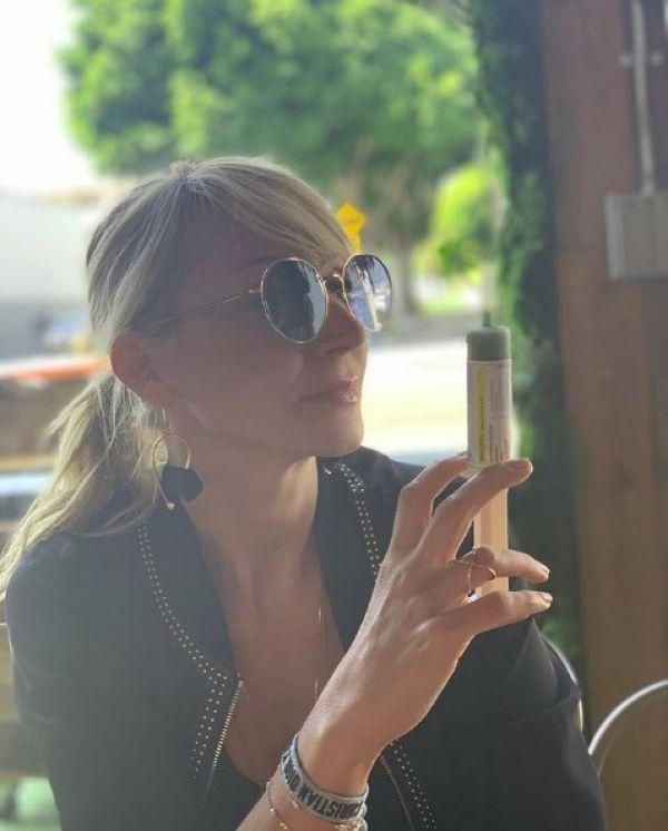 Еда из шприца, дочка сорвала фотосессию и другие радости Кристины Орбакайте в Инстаграме