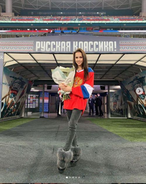 Алина Загитова 10