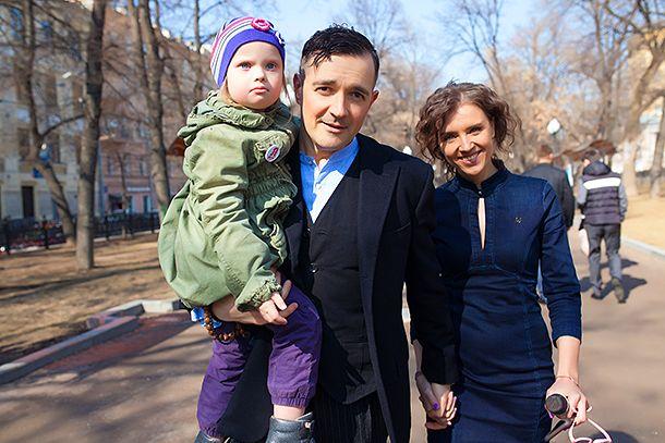 Как живет приемный сын Егора Бероева и Ксении Алферовой