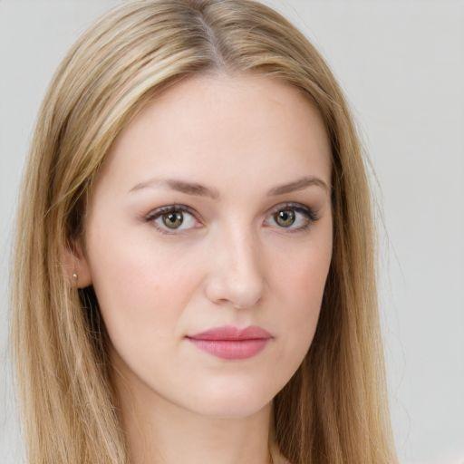 Любава Никифоровна Ряхина (Автор)