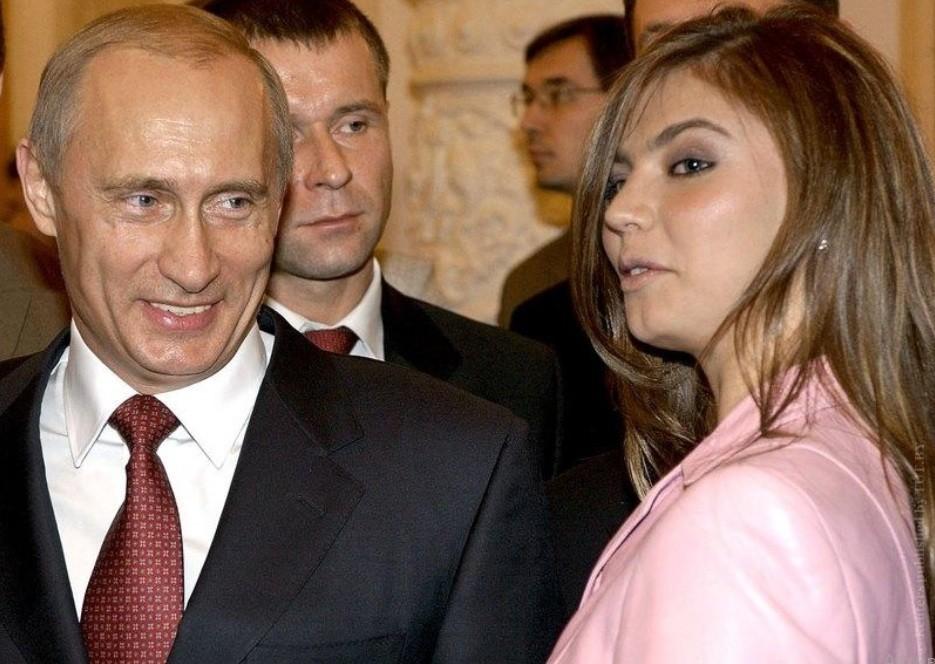 Кто такая Алина Кабаева. Где живет и что ее связывает с Владимиром Путиным