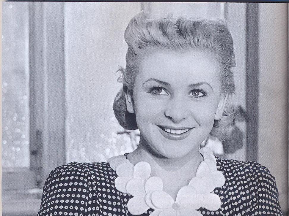 Как опасно быть звездой: судьба 5 советских актрис, которые заигрались