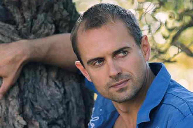 Алексей Комашко: блестящий актер, многодетный отец и однолюб в личной жизни