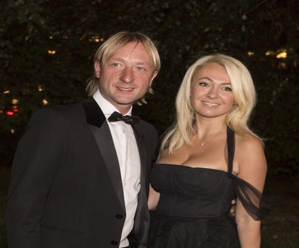 Яна Рудковская с мужем
