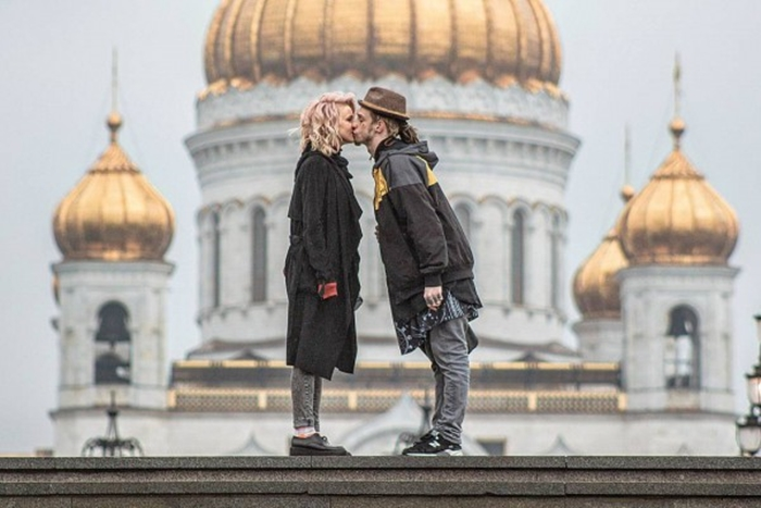 Алексей Брижа фото с мужем