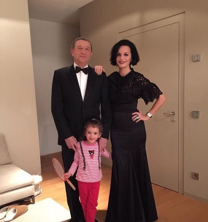 Анатолий Данилицкий с женой и дочкой