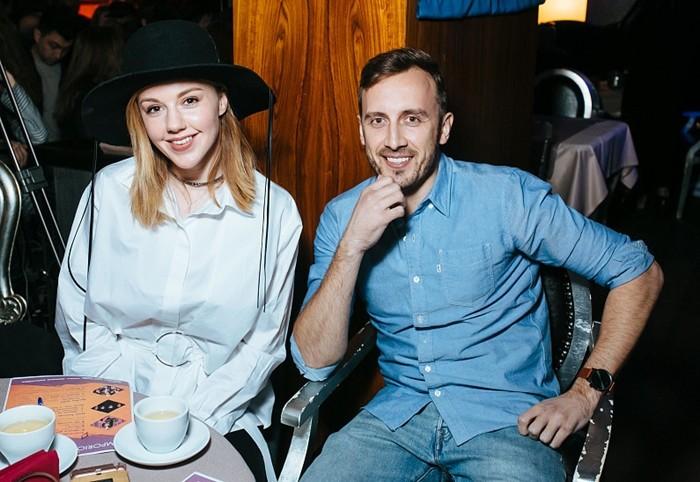 Андрей Черный с женой