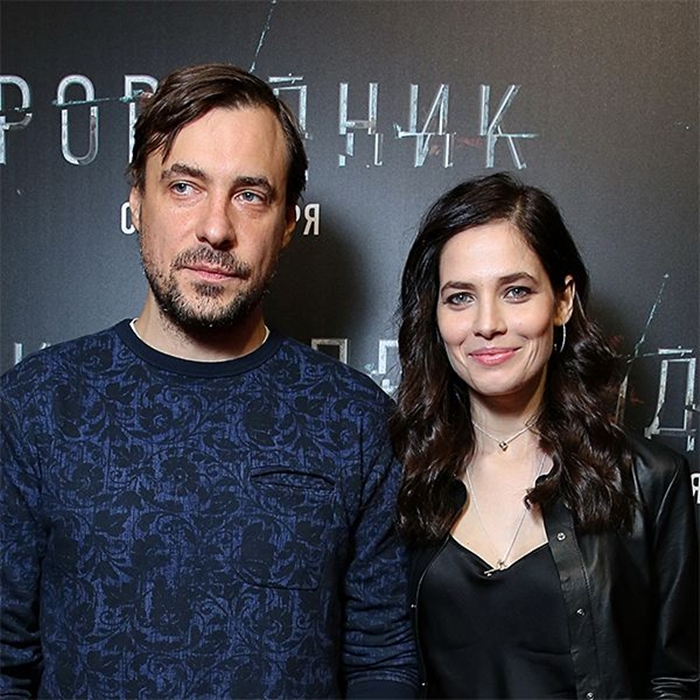 муж юлии снигирь на премьере с женой