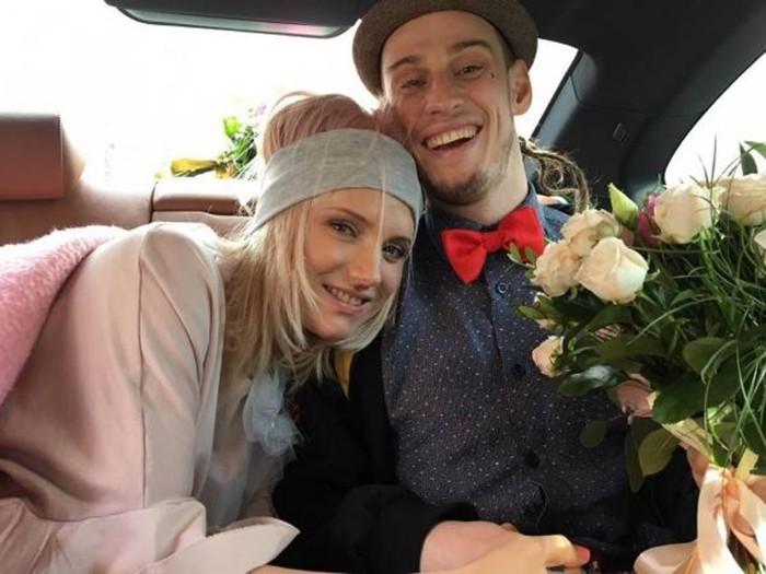 Алексей Брижа совместное фото с женой