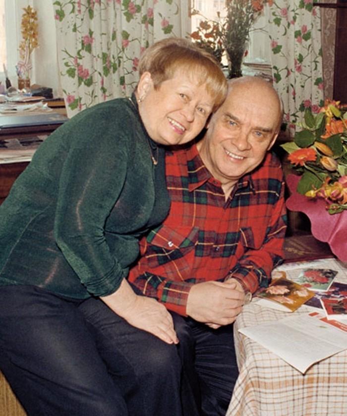 муж александры пахмутовой вместе с женой