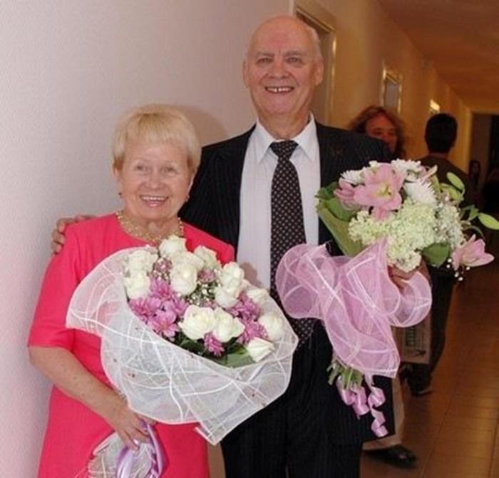 С женой муж александры пахмутовой