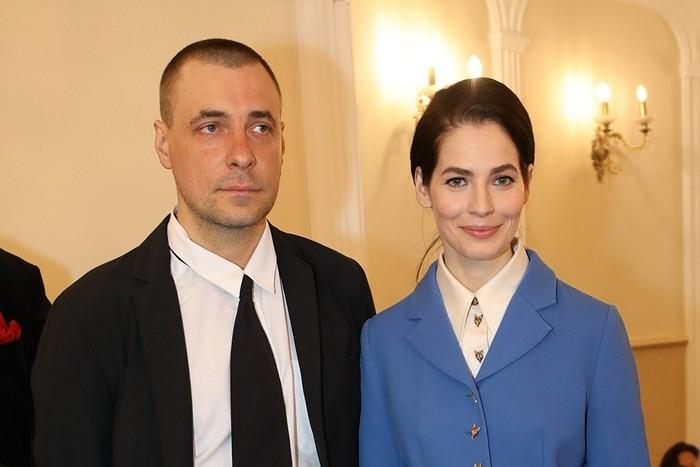 муж юлии снигирь с женой