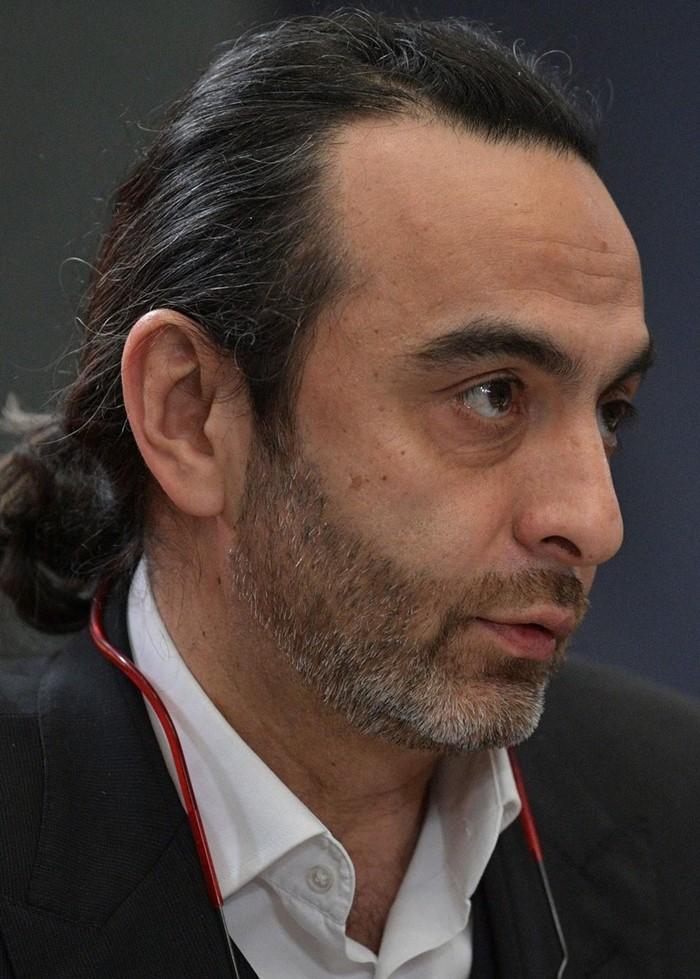 Джаник Файзиев